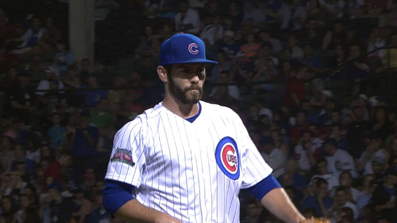 Arrieta enjoys offseason workouts with Bailey