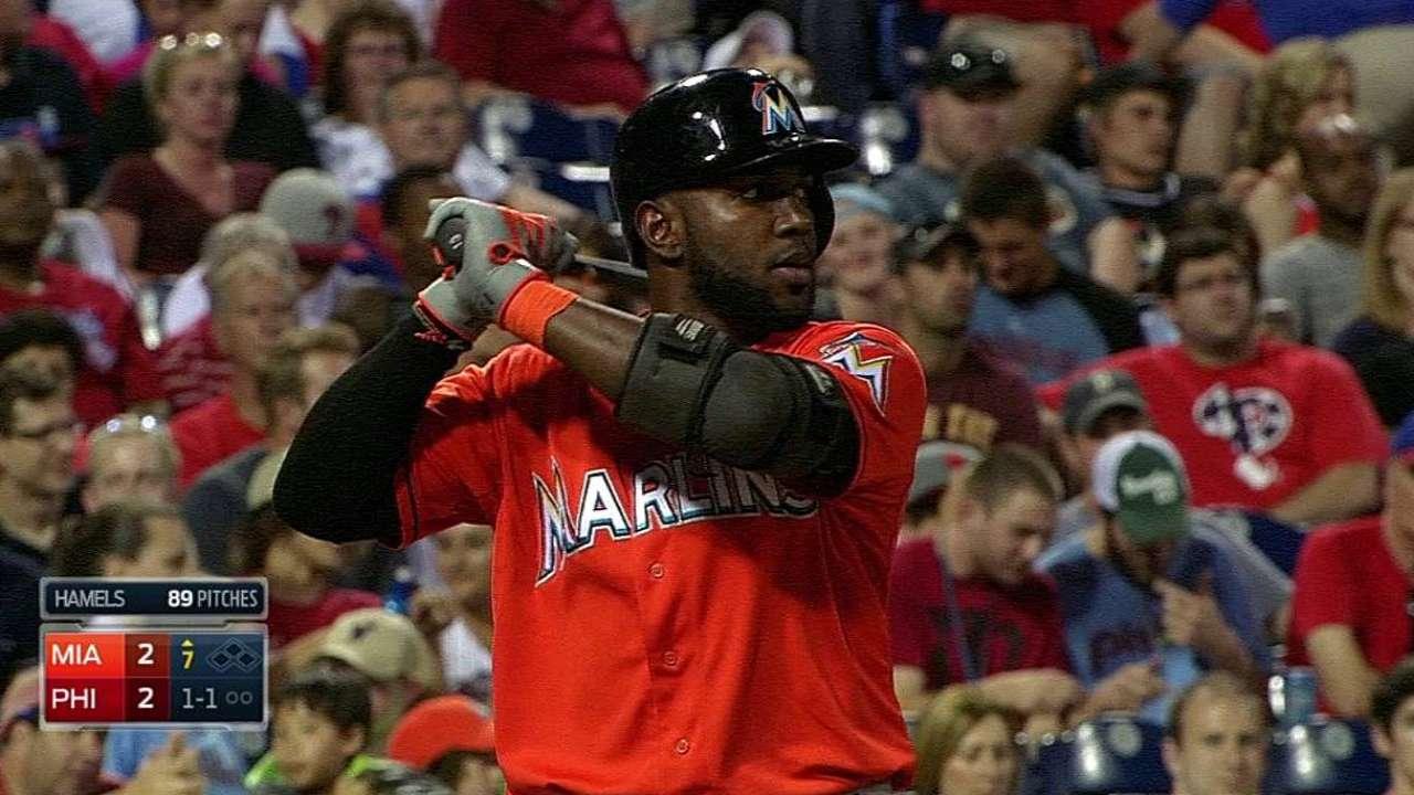 Error opens door for Phillies in Marlins' 14-inning loss