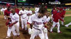 Phils shake off homers, walk off on Utley's shot in 14th