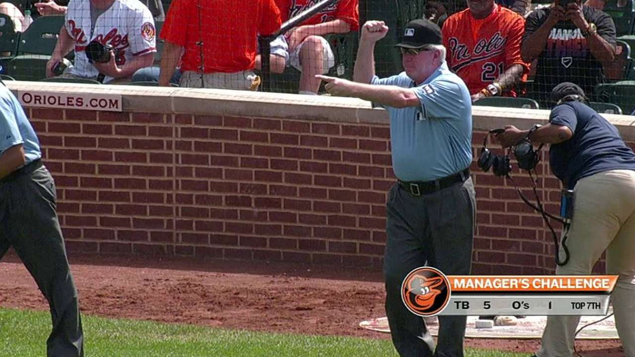 O's win challenge on safe call at first base