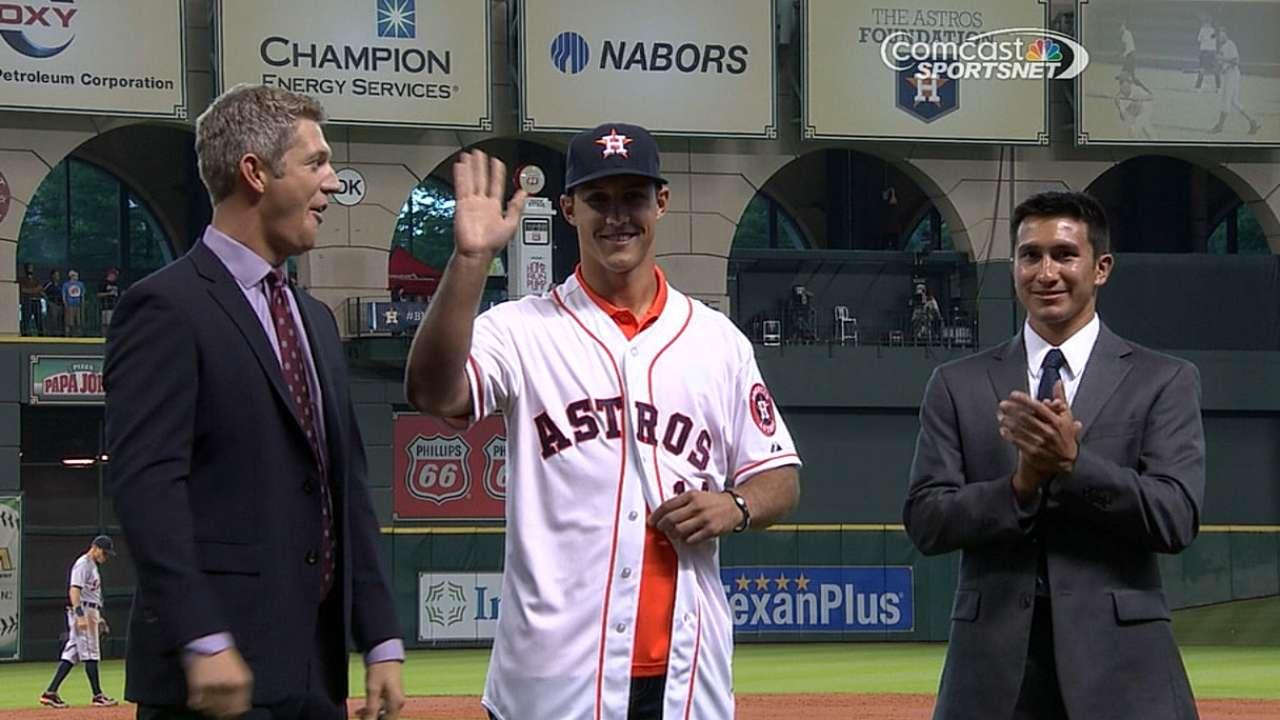 Astros sign fourth-round Draft pick Mengden