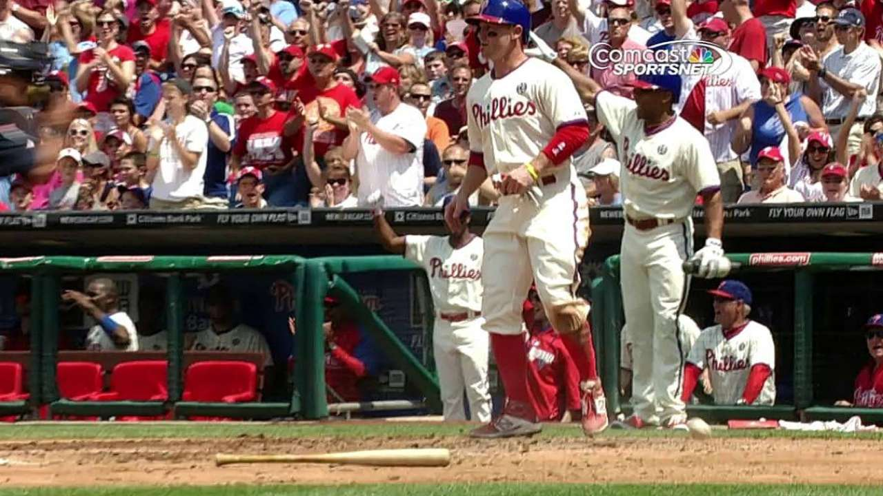 Errors, bullpen lead to Phils' demise in matinee