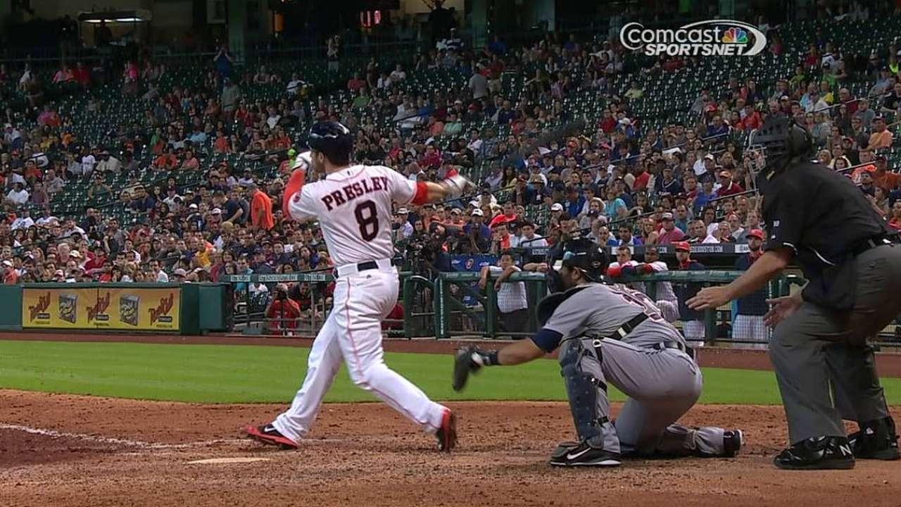 Astros dejan escapar ventaja en el noveno vs. Detroit