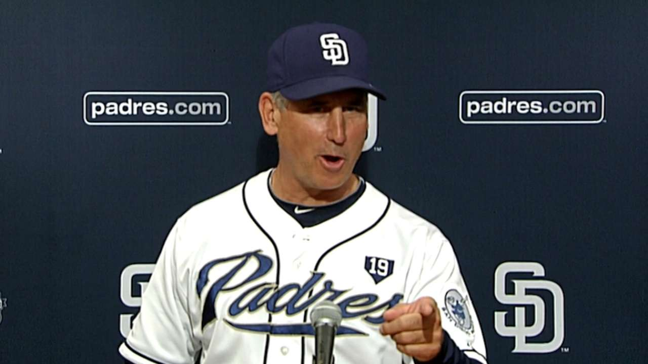 Padres repeat feat of winning with single hit