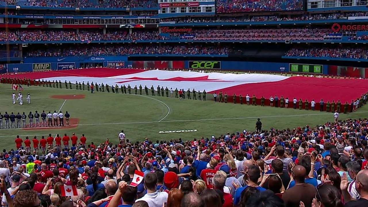 Blue Jays go all out in Canada Day festivities
