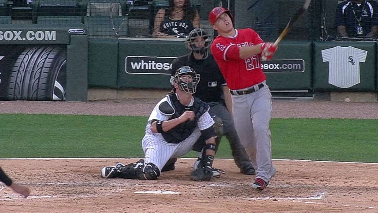 Front foot key to Trout's timing at the plate