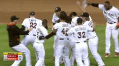 Lucas' walk-off single wins it in 11th