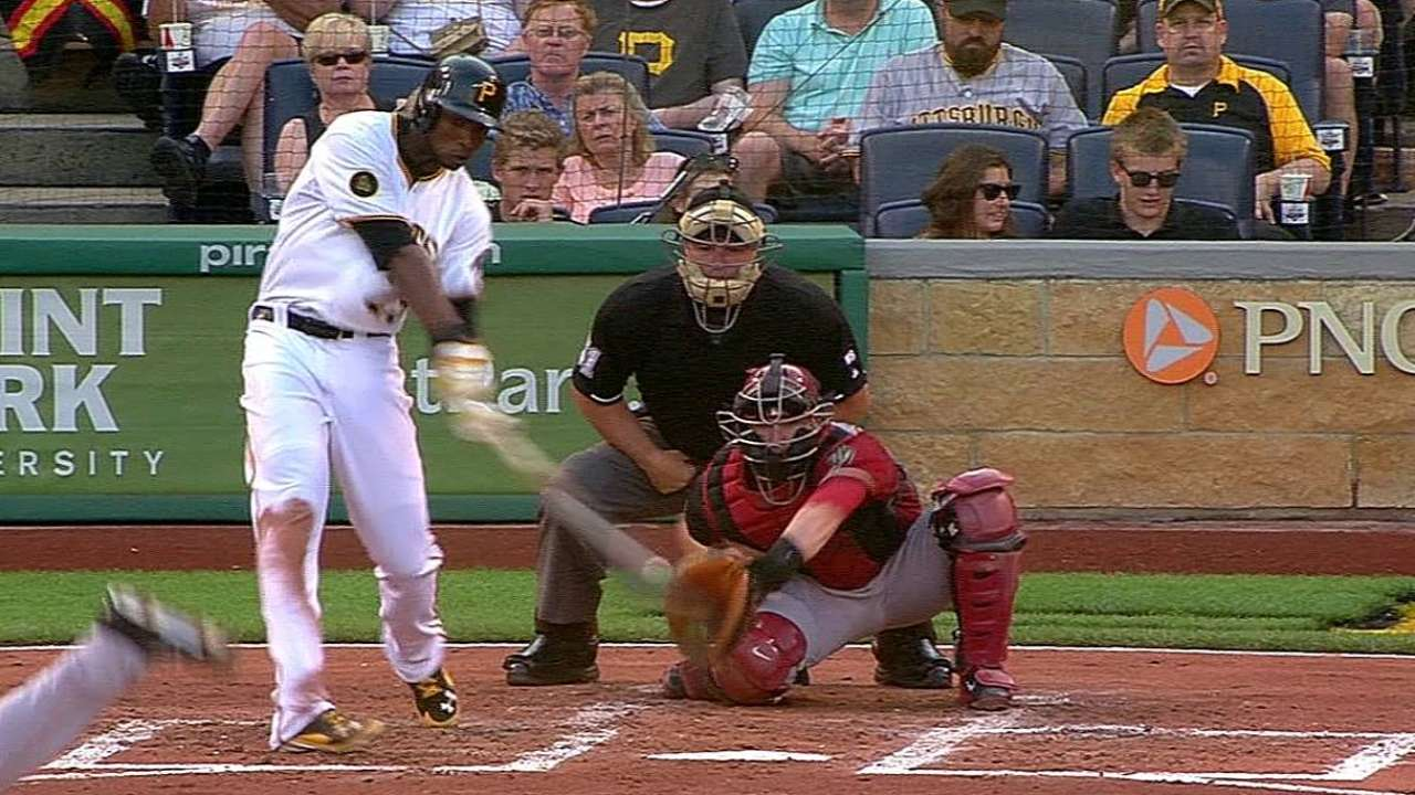 Polanco dio HR y Piratas se impusieron a D-backs