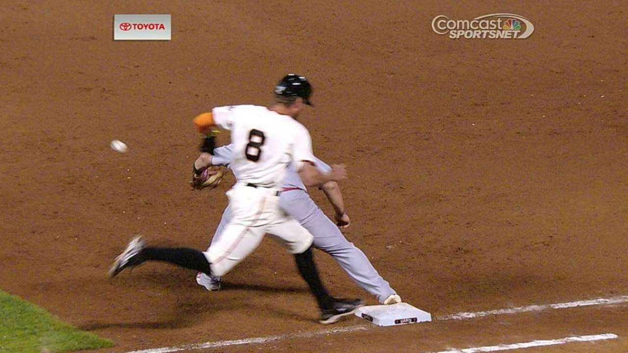 Giants win challenge in ninth on play at first
