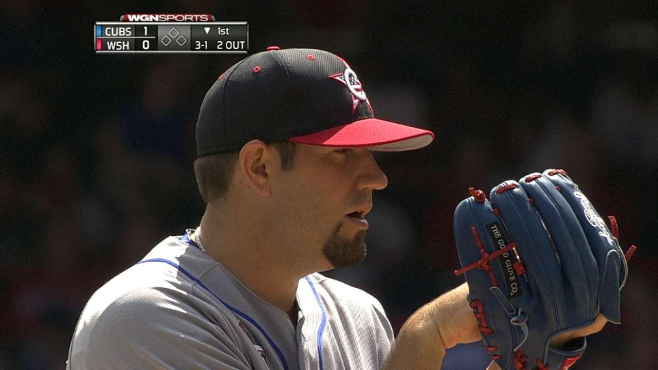 Hammel, hot bats power Cubs past Nats