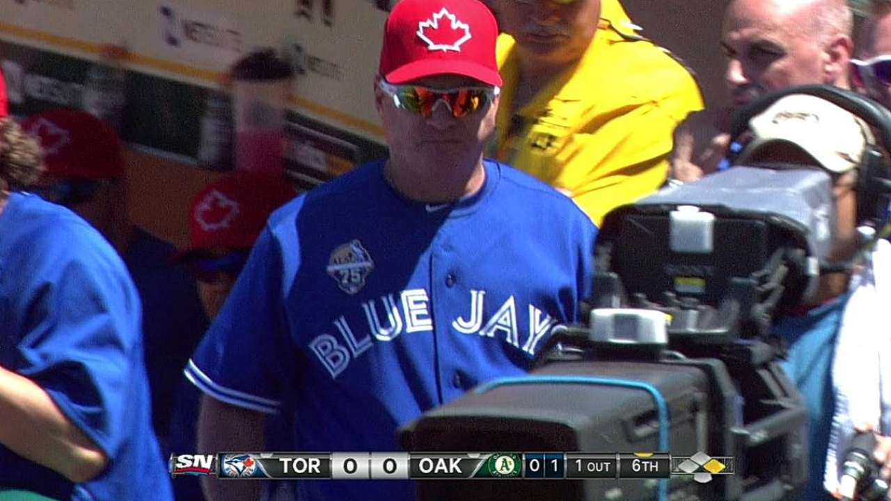 Hitting coach Seitzer ejected for arguing from dugout