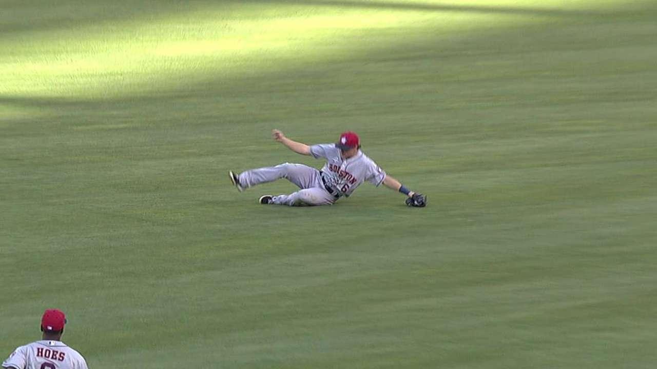 Hernández lució pero Astros cayeron con Angels