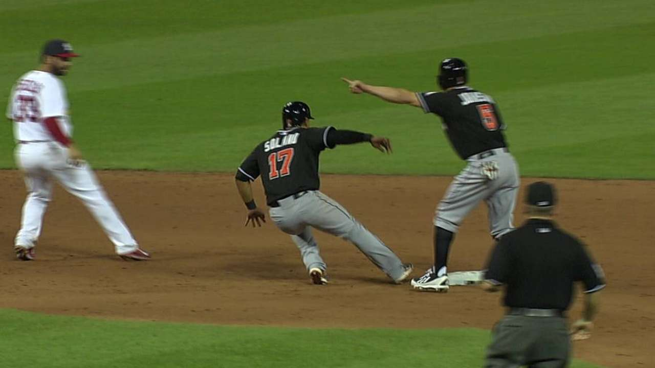 McGehee, Marlins can't complete rally in ninth