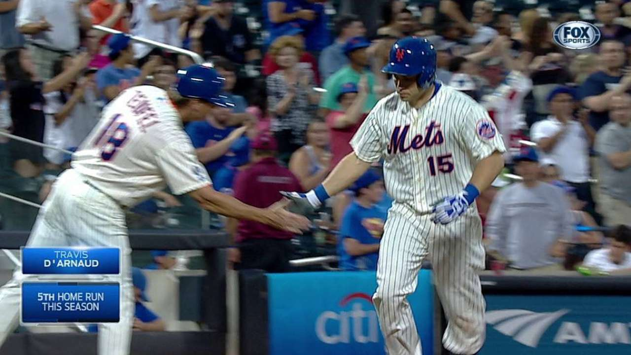 Colon gives up pair of homers in loss to Rangers