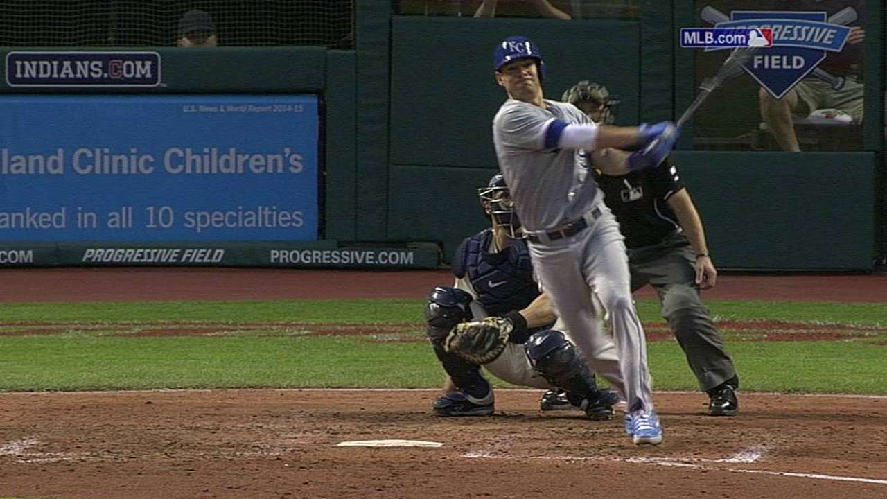 Royals come up short after Guthrie's early exit