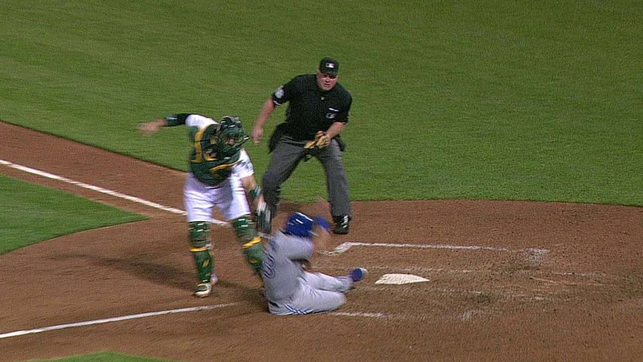 Bautista disagrees with replay call