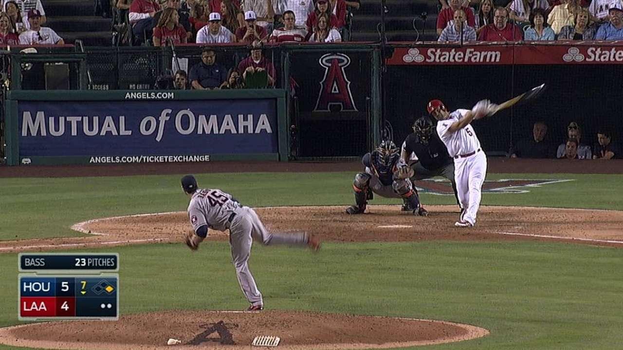 Pujols pega HR y ayuda a Angels a vencer a Astros