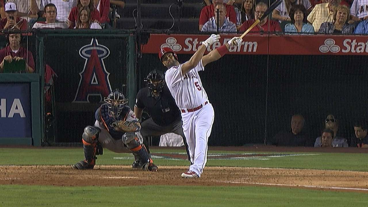 Eight-run seventh catapults Angels to comeback win