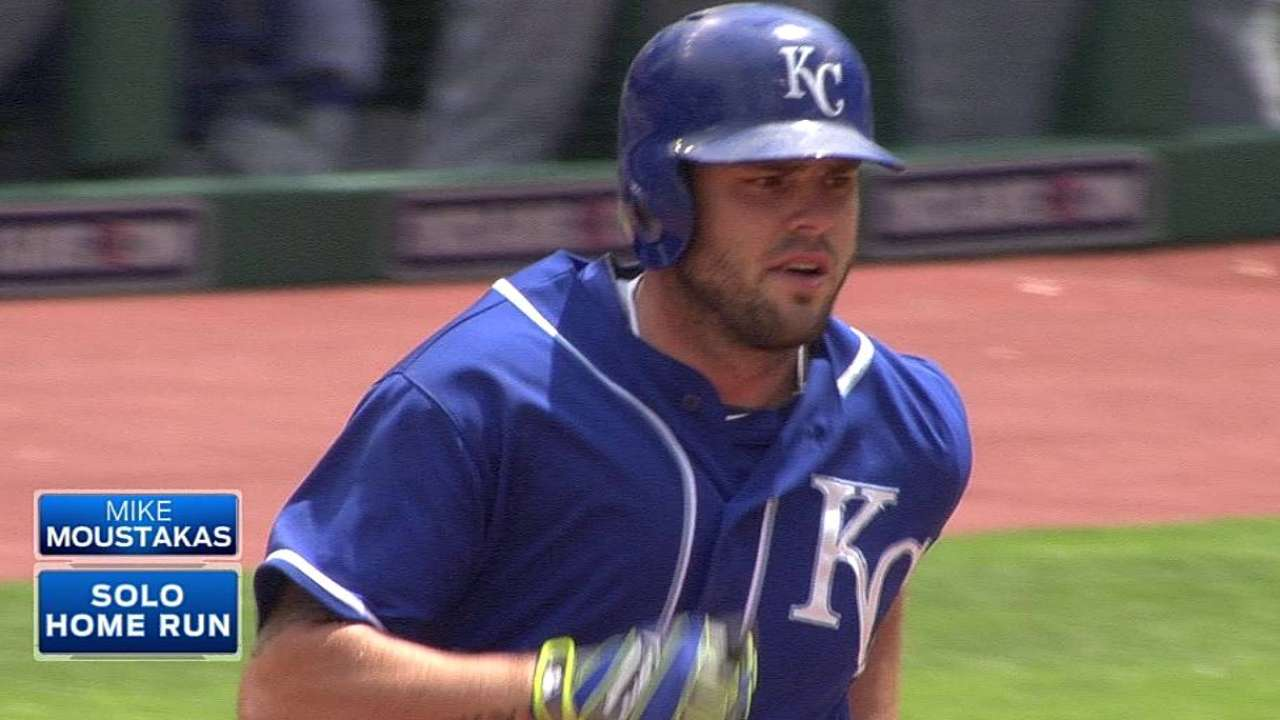 Moustakas working to beat defensive shifts