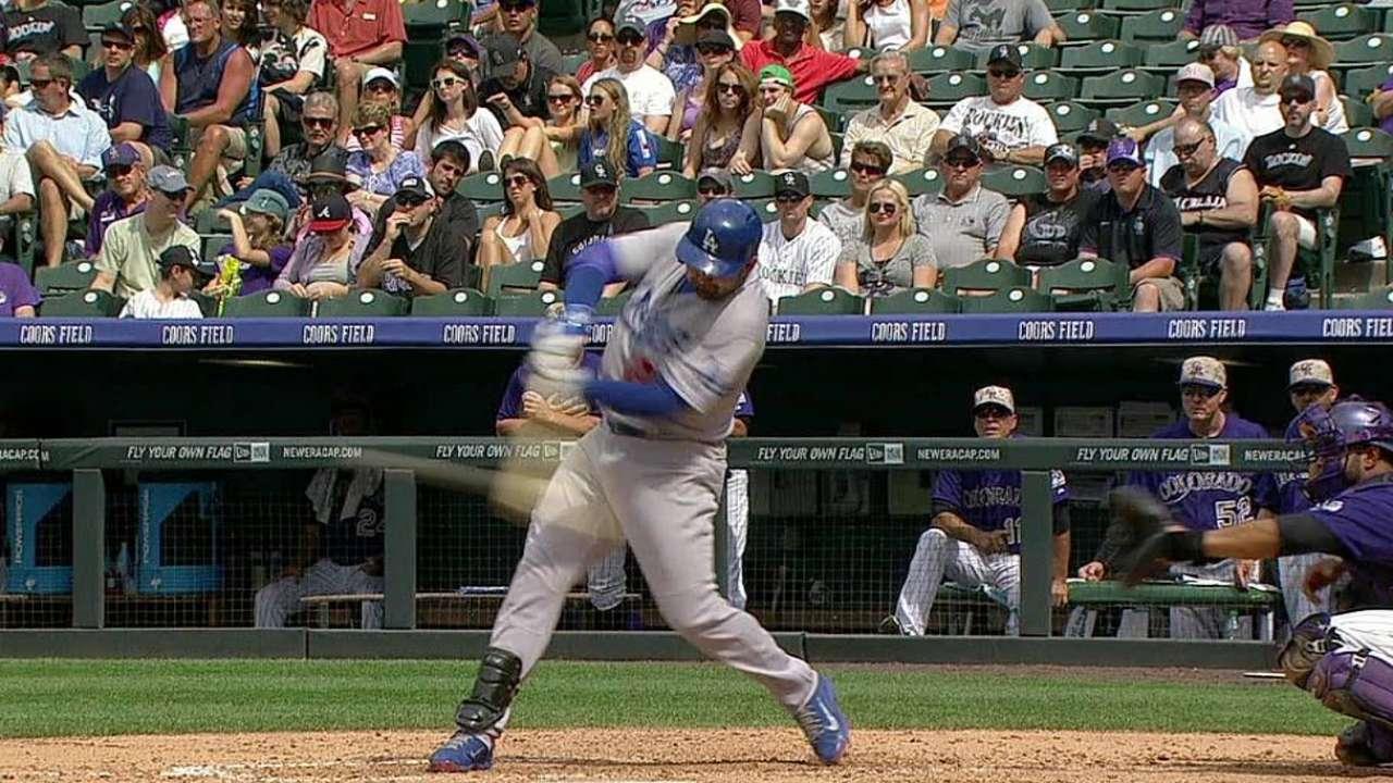 Adrián y Kemp guiaron a los Dodgers en Colorado
