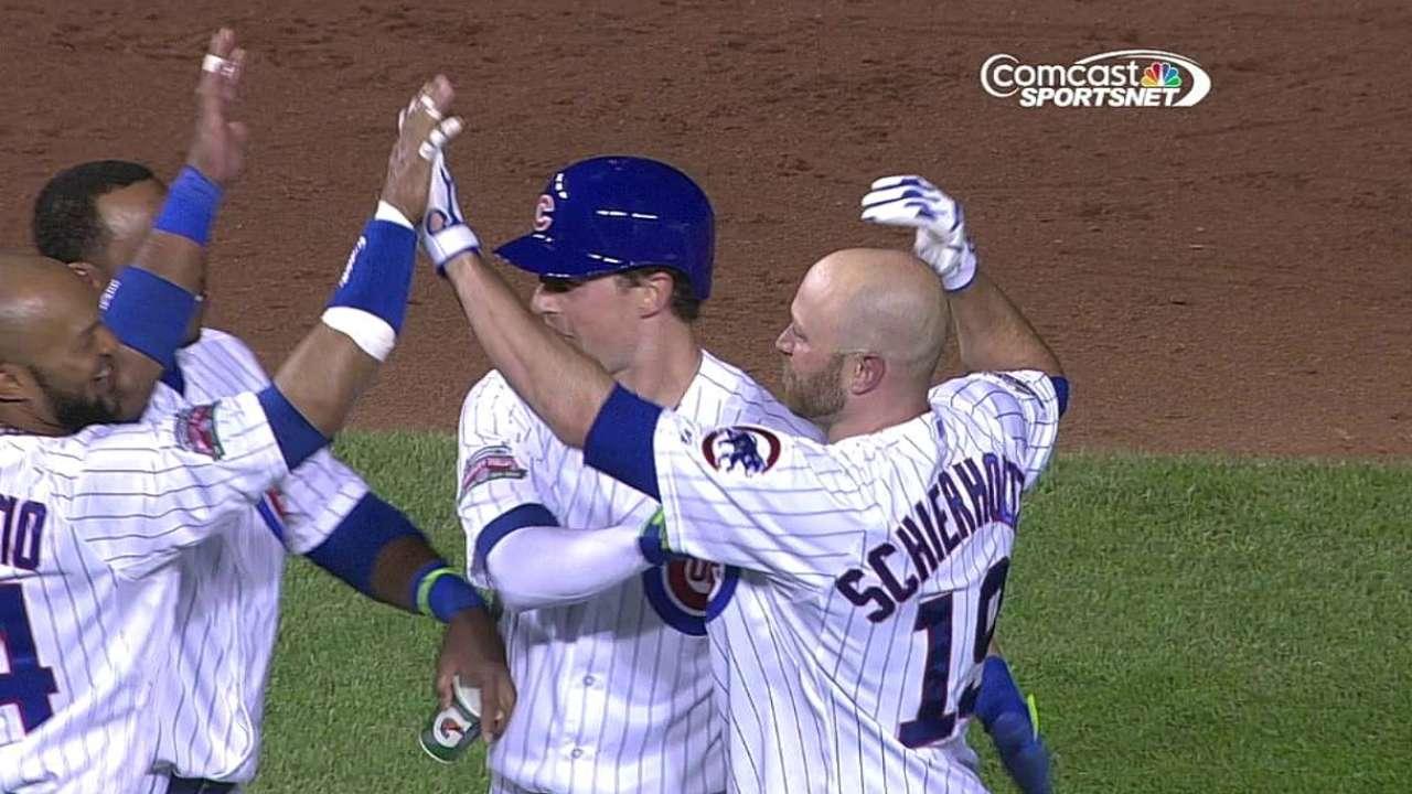 Hit de Schierholtz define triunfo de Cubs sobre Mets