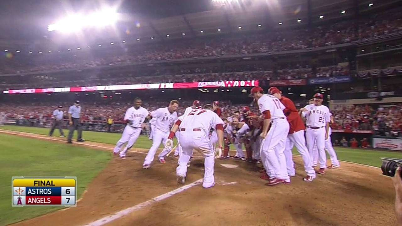Trout launches holiday party with walk-off home run
