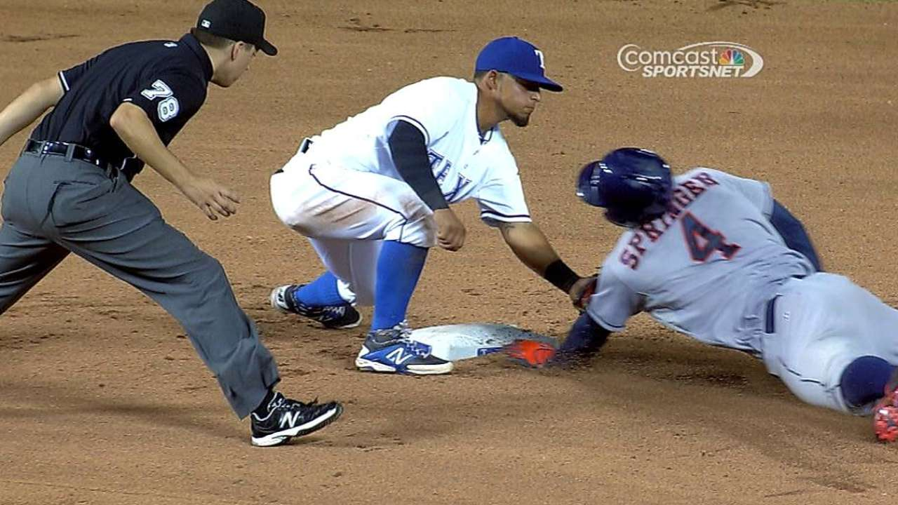 Astros lose challenge as call at second base confirmed