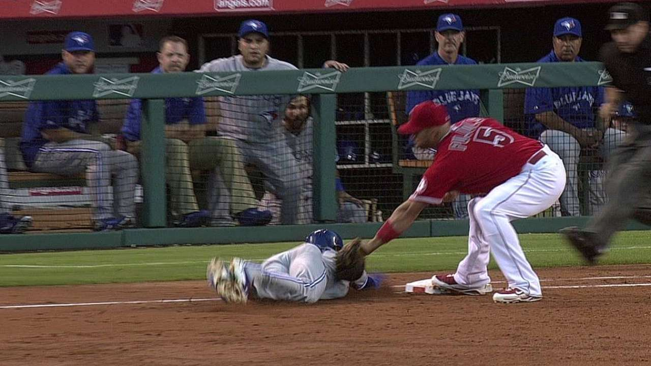 Angels' challenge erases Reyes at first