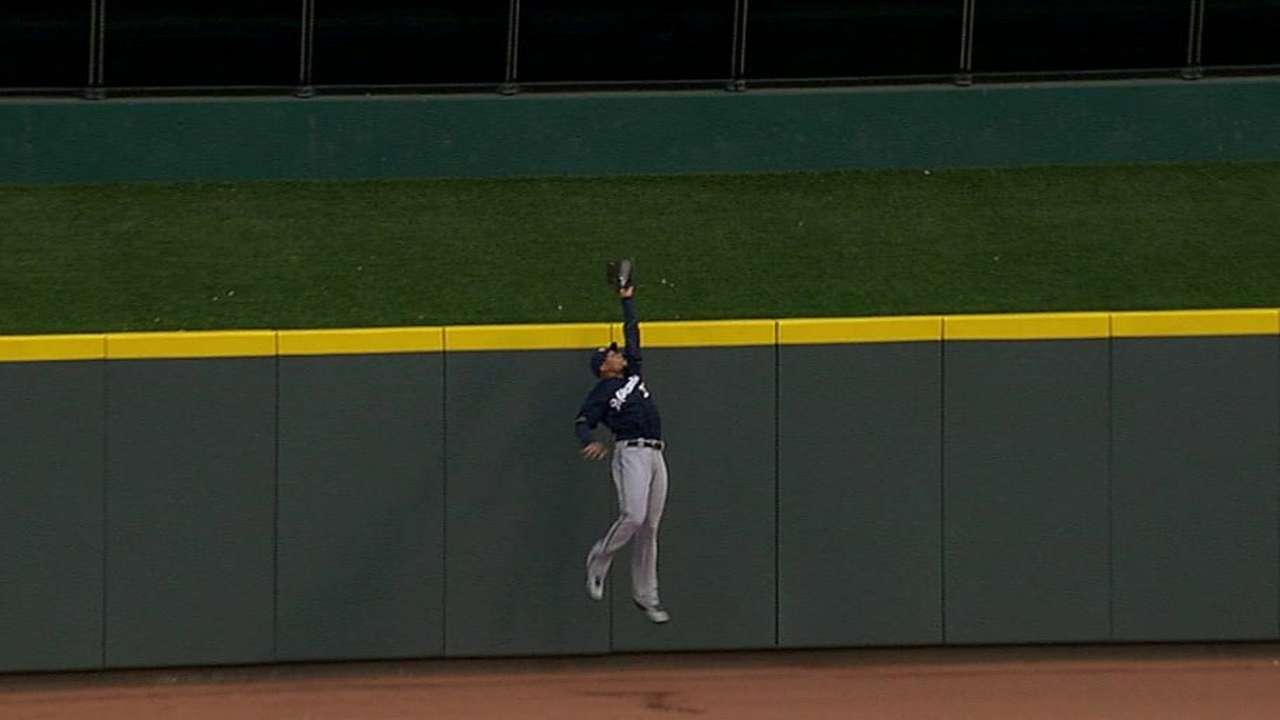 Brewers unravel as bullpen cracks in eighth