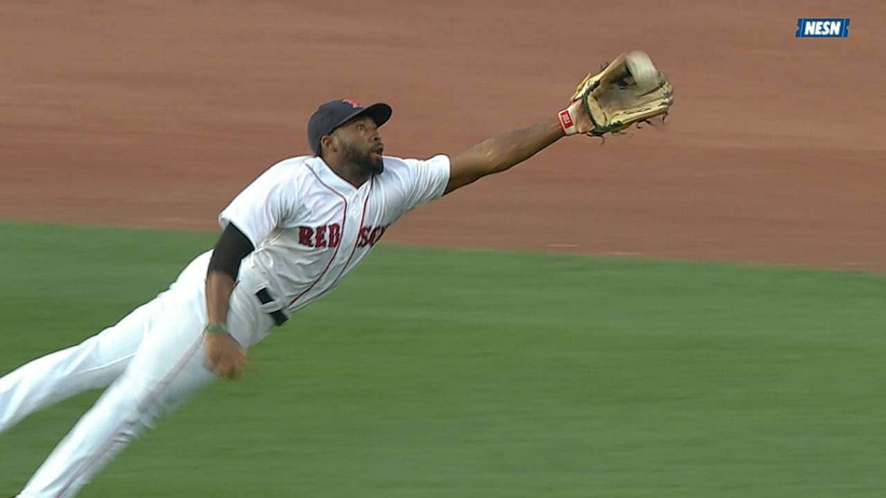 Red Sox's Bradley, Pedroia, Cespedes finalists for Gold Glove