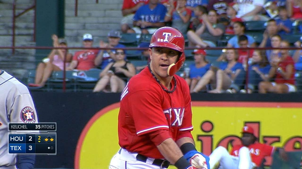 Rangers strike early, but fall to Astros in finale