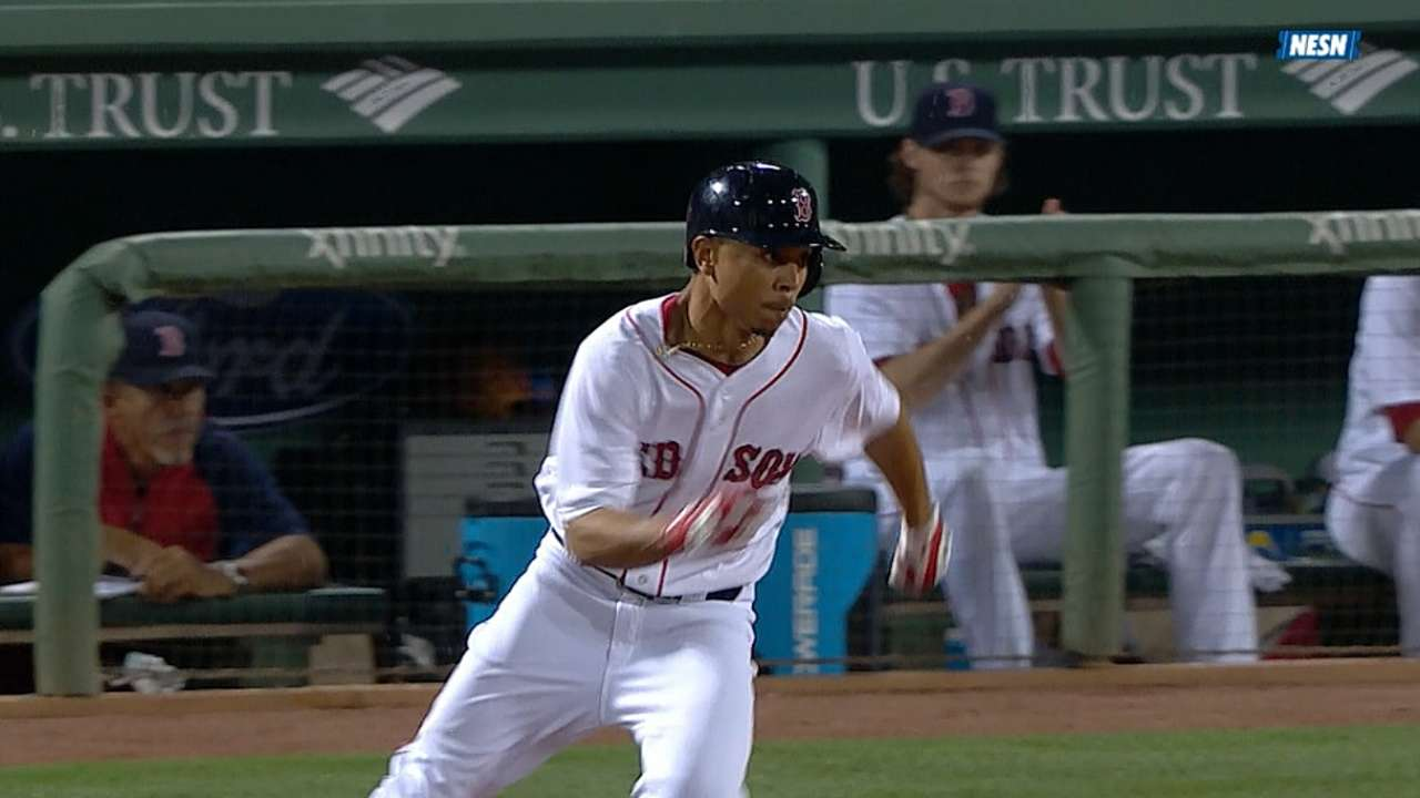 Twice as nice: Mookie's speed on full display in rallies