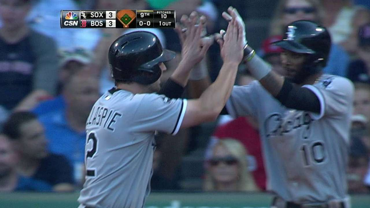 White Sox unable to complete rally in finale at Fenway