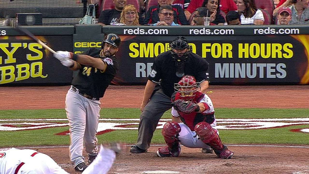 Pirates keep struggling Alvarez on bench vs. righty