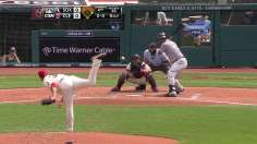 Abreu helps White Sox muscle past Tribe