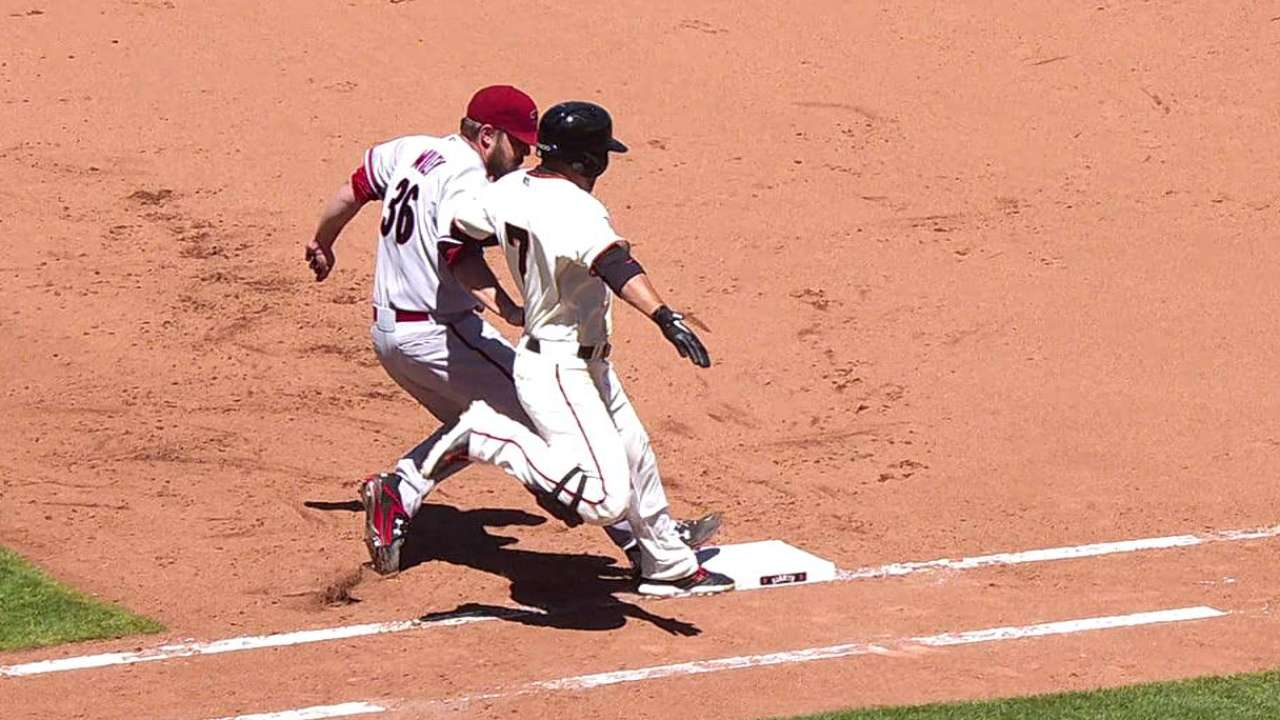 D-backs get call overturned to stifle Giants' rally
