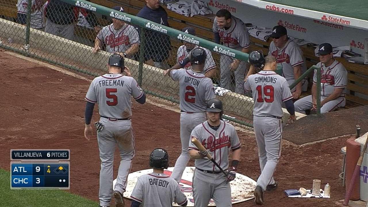 J. Upton y Johnson guiaron a Bravos sobre Cubs