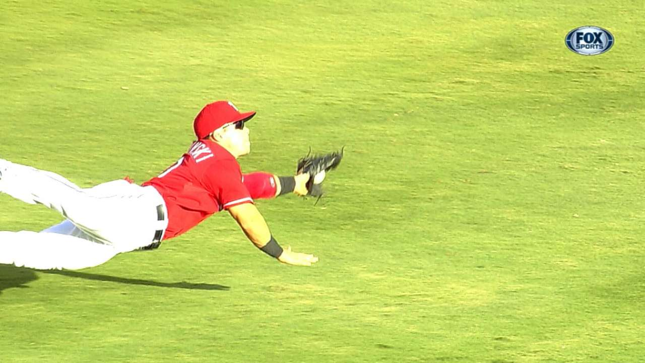 Smolinski's diving grabs add to memorable debut week