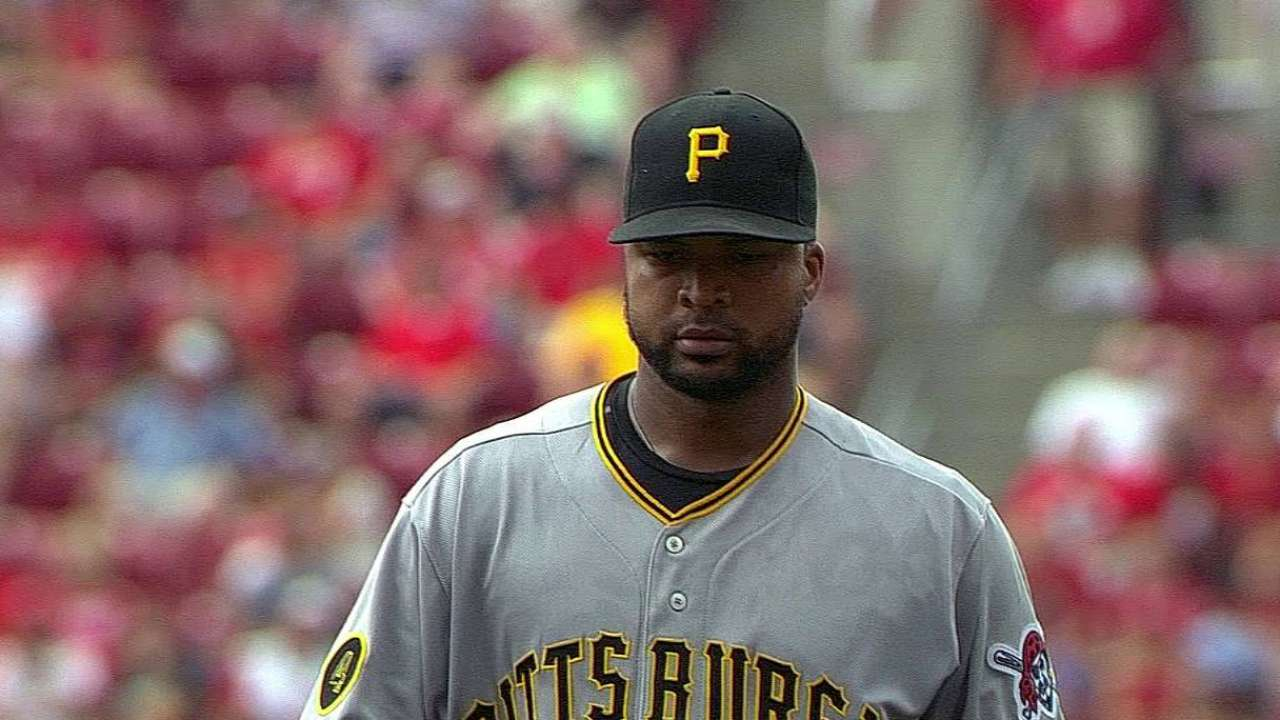 Liriano shaky in return, as Bucs lose to Reds