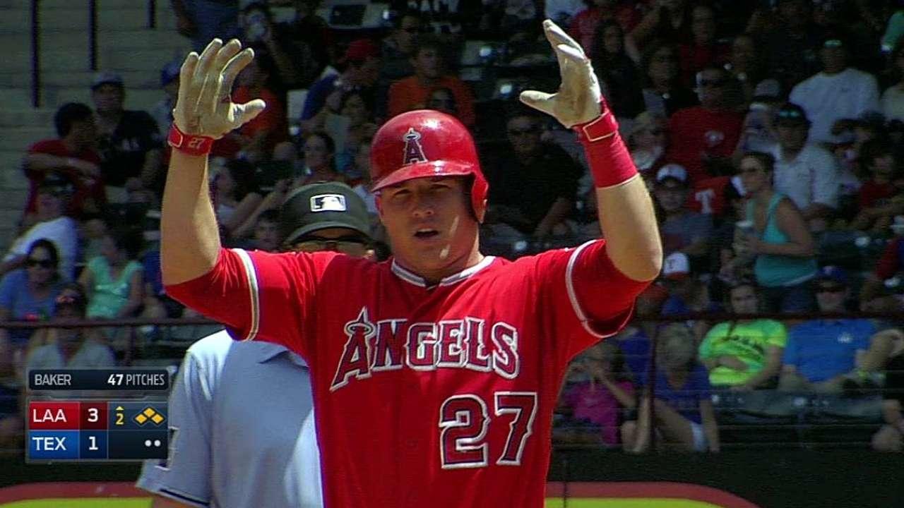 Trout guió barrida de Angelinos sobre Rangers