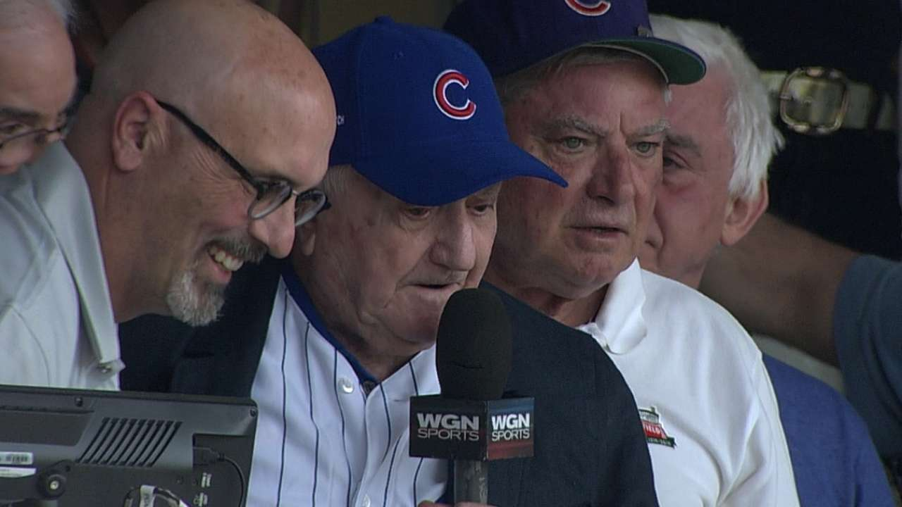 Oldest living former Cub takes in game at Wrigley