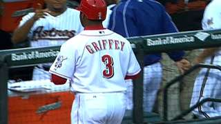 AL@NL: Griffey drives in two runs, throws out A-Rod