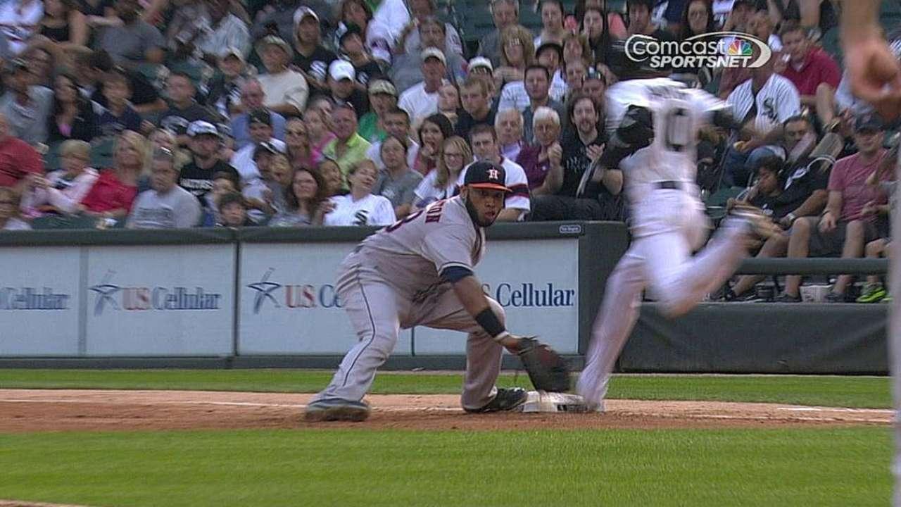 Three calls overturned in Astros-White Sox tilt