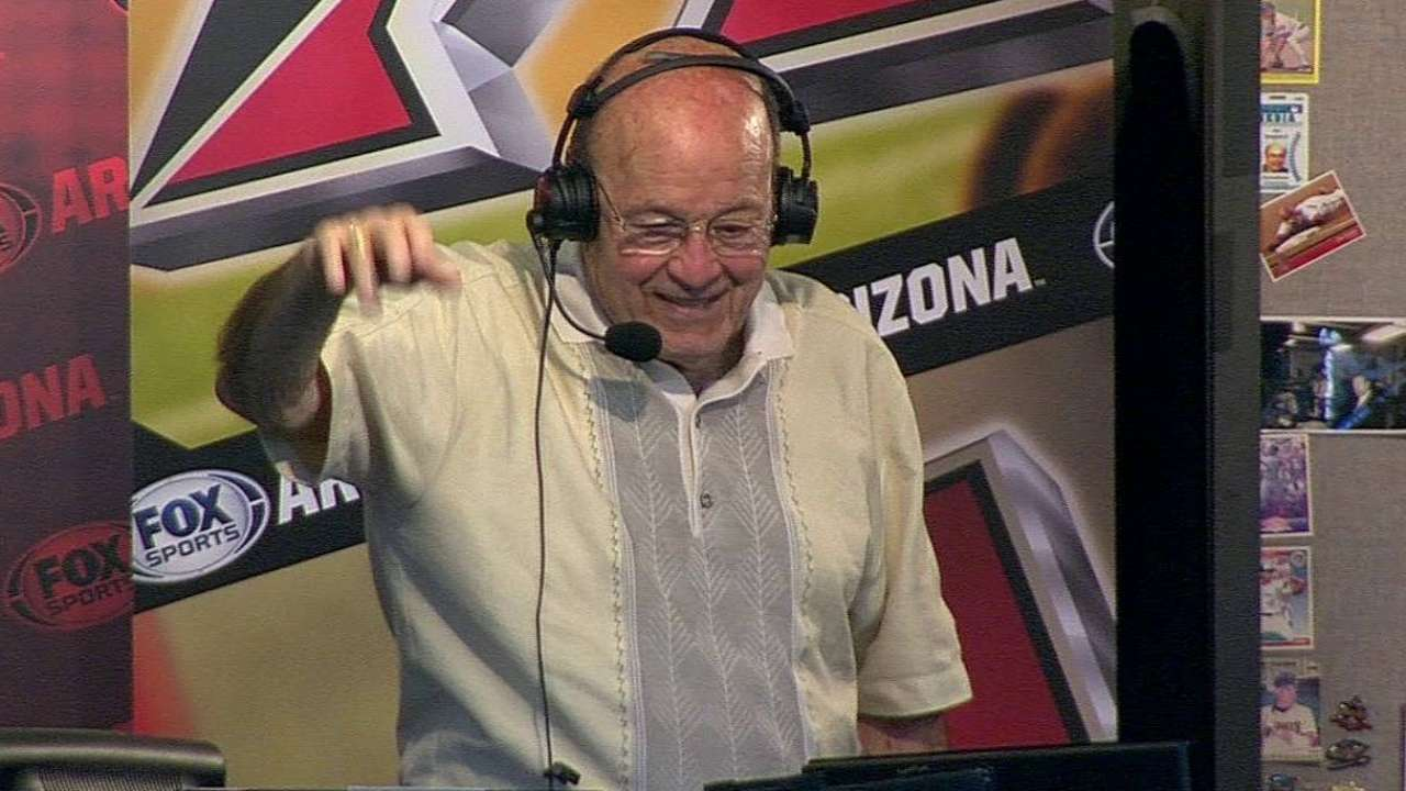 D-backs honor broadcaster Garagiola with ceremony