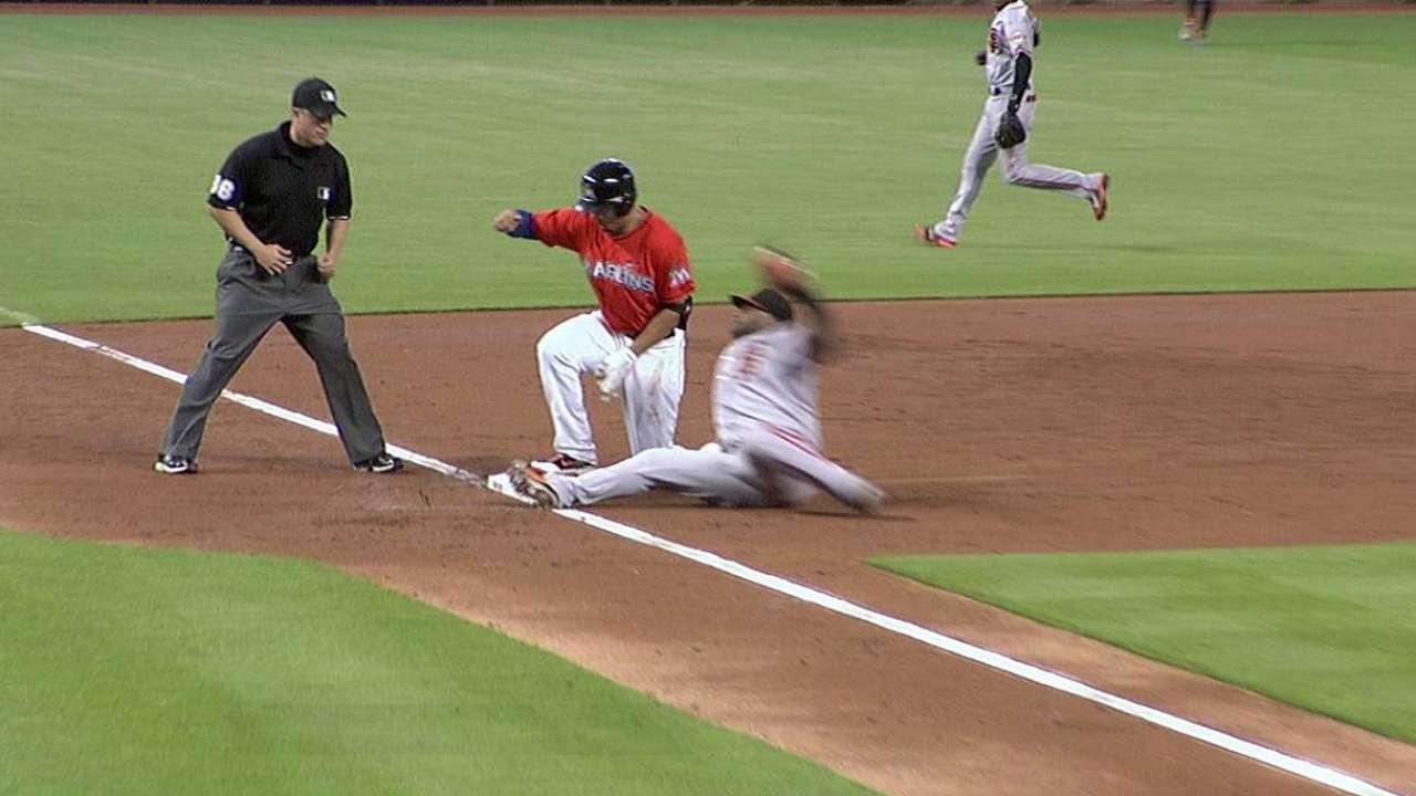 Sanchez catches Stanton