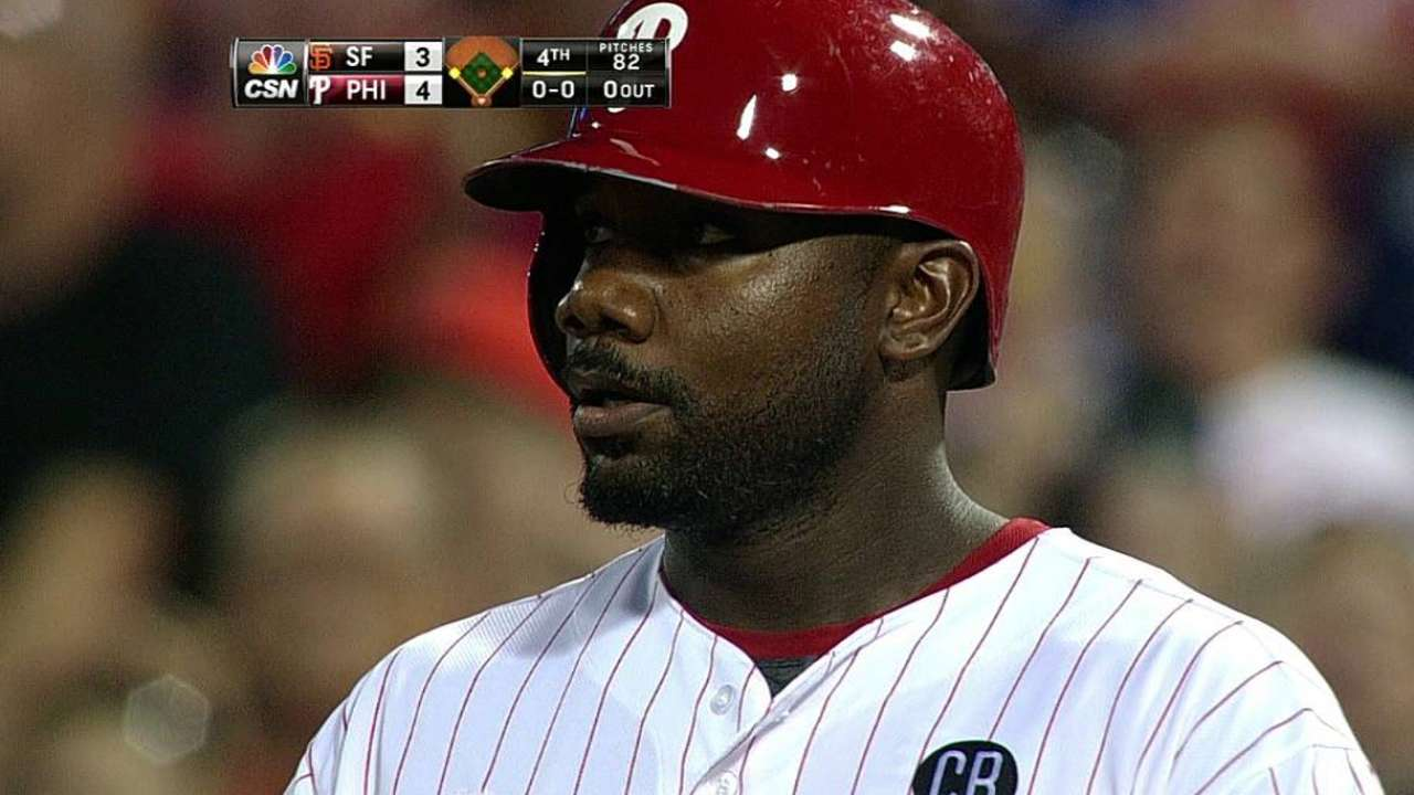 Phillies to give others playing time over Howard