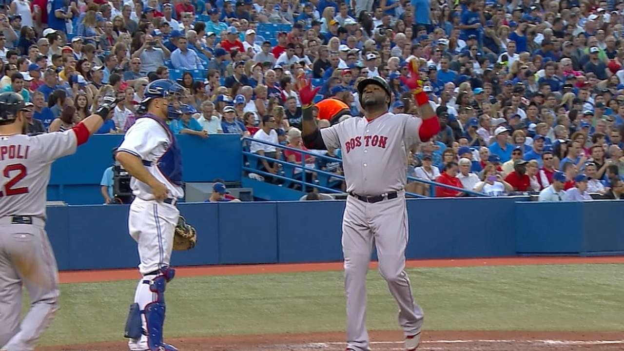 Ortiz lideró paliza sobre Azulejos con dos estacazos