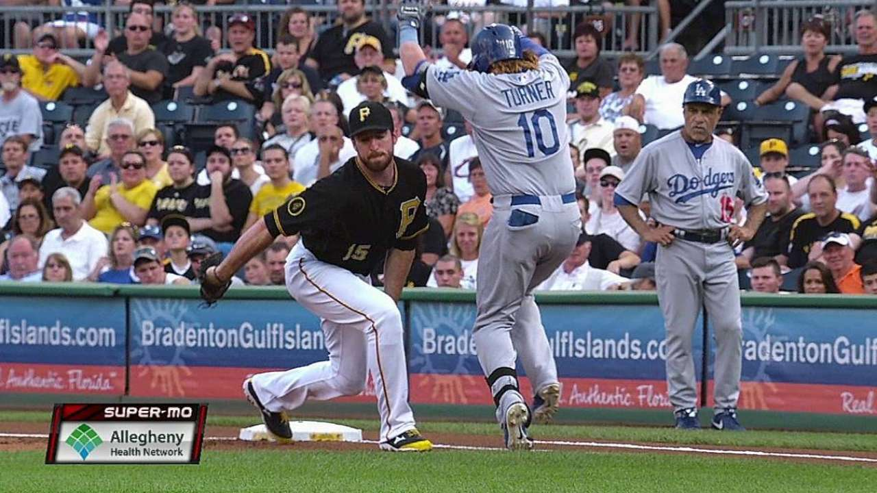 Bucs win two challenges in game vs. Dodgers