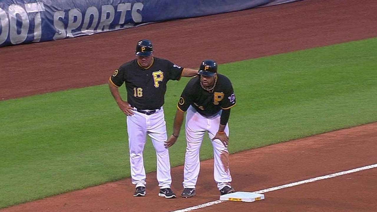 Pirates staying cautious with Alvarez's knee