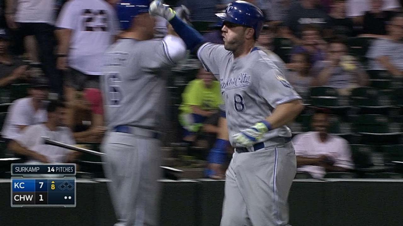 Moose's homers are wakeup shots against Sox